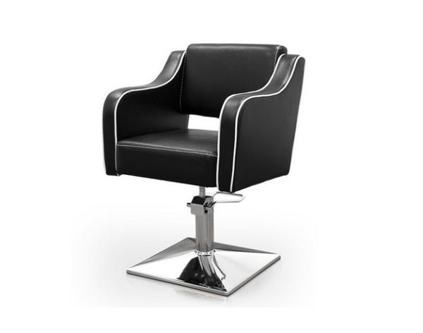 Black Pompeya Hairdresser Chair 1
