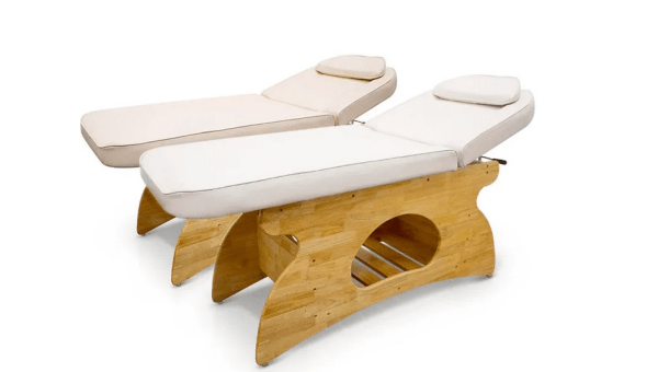 Wooden SPA Massage Table Fixed With Shelf 2