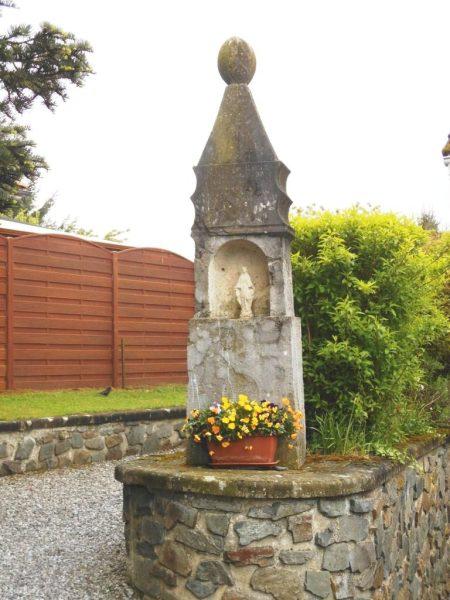 Oratoire dédié à St Marcel Rue René Vicaine