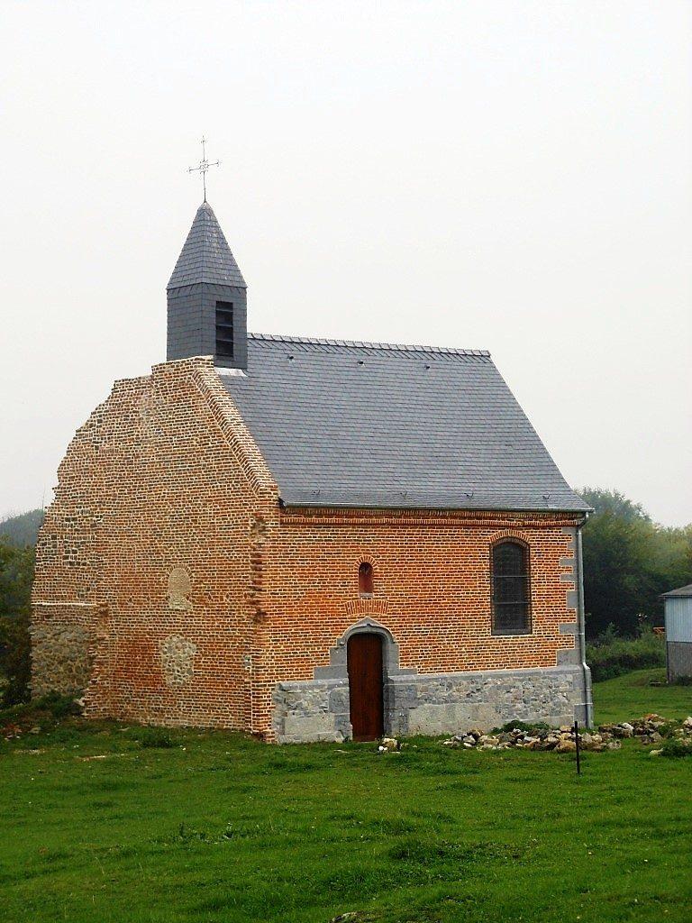 Chapelle St Julien au Mont Dourlers. Route de Sars Poteries