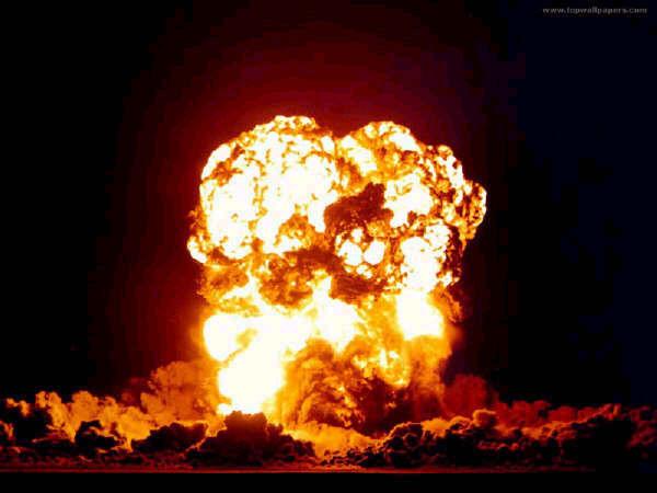 Bomba_atomica_Japao-600x450 Estratagema do Obscuro: Transcendência