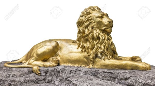 crivon-Escultura-de-nobanion-entrada-da-cidade-600x334 Reinos de Toran: Reino de Caerleon