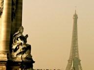 Me moriré en París con aguacero – César Vallejo