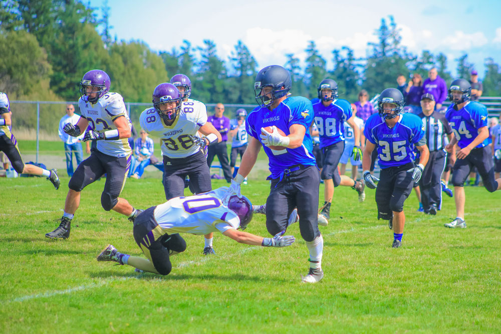 Orcas-Lopez Football Make Play for State