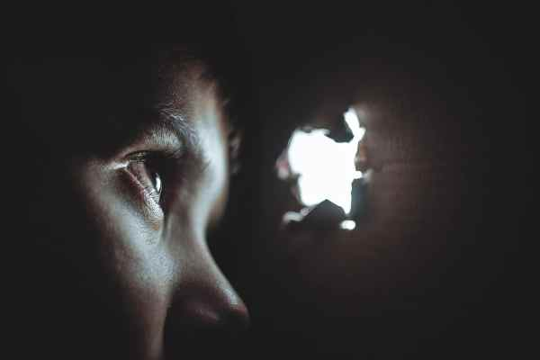 Les meilleurs logiciels espions pour téléphones mobiles: mspy, mobile spy et spybubble.