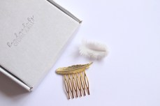 NEW Gold feather hair comb