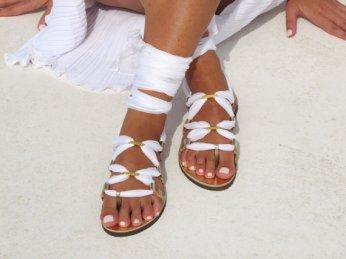 White sandals by Greekchichandmades