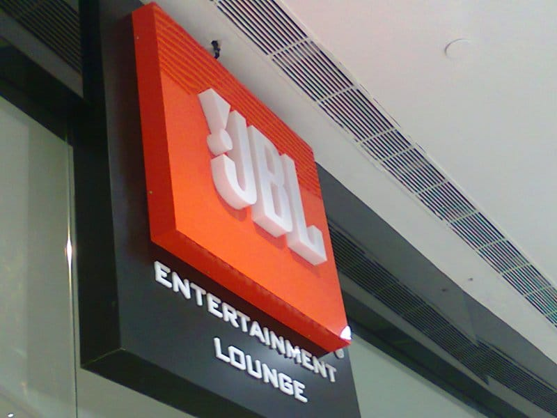 thick box type letters made of acrylic mounted on an ACP metal frame to create a beautiful shop sign for the JBL store