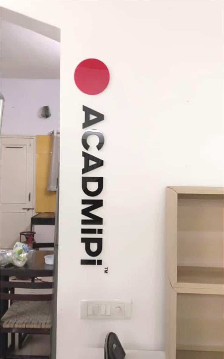 This image shows an acrylic name plate for the medical aesthetics academy, Acadmipi.