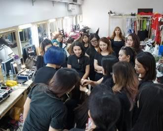 Daftar-Kelas-Makeup-Online.jpg
