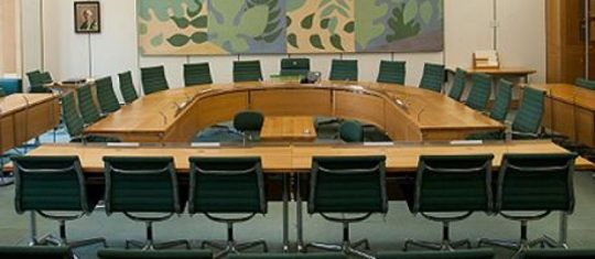 Empty-Select-Committee-2yghf1joabt345iy8oltds