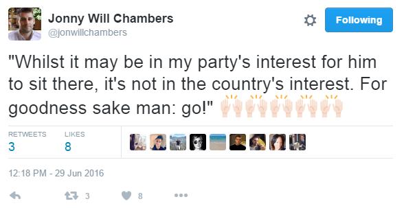clapping corbyn