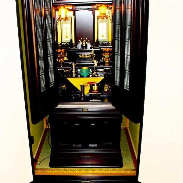 畳を敷いた仏壇