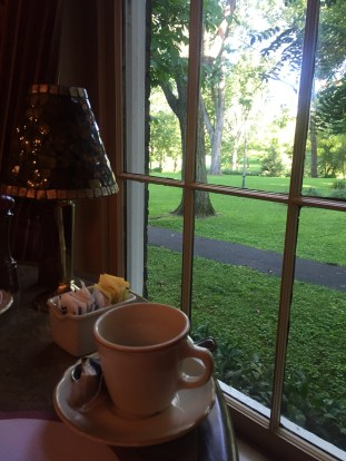 Breakfast with a view at Beaumont Inn