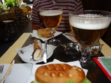 Paninis and beers at Bar La Borsa in Florence