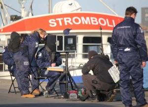 Crewet optog filmen on location på havnen i Hirtshals.