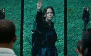 Katniss er den stærke pige, hvis fandenivoldskhed gør hende til revolutionsleder.