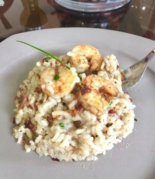 Plated garlic shrimp risotto