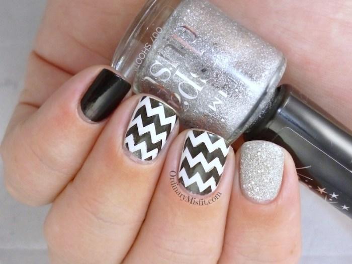 More monochrome nail art 3