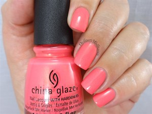 China Glaze - Bite me