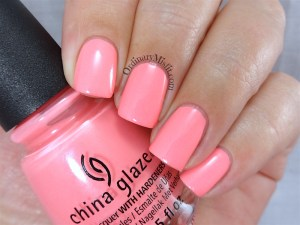 China Glaze - Lip smackin' good 2