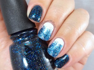31DC2016 Day 5 - Blue nails