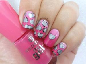 52 week nail art challenge - Valentines day nail art