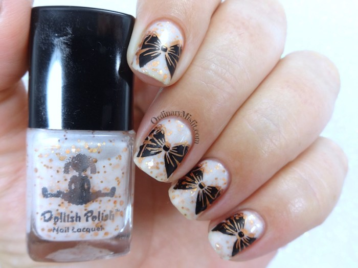 Copper white black bow nail art