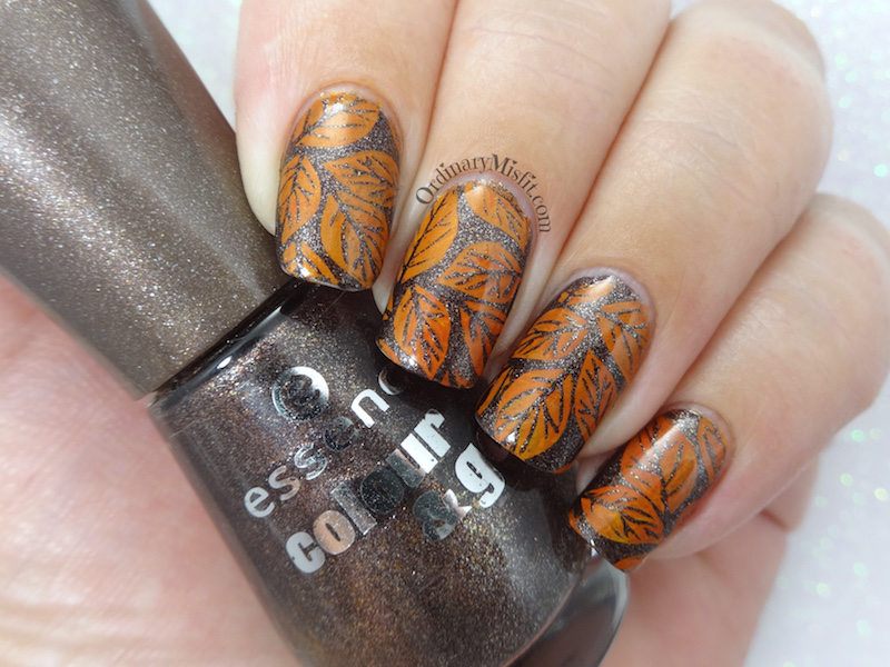 52 week nail art challenge - Week 17: Autumn
