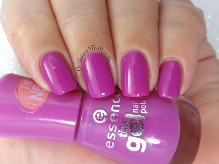 Essence - Vibrant purple