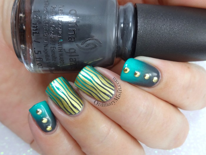 Wavy gradients nail art