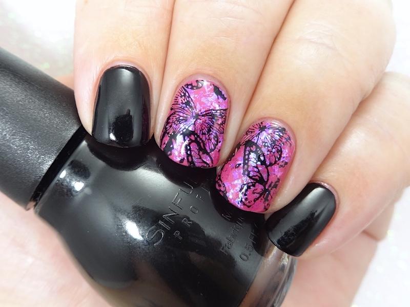 Broken butterflies nail art