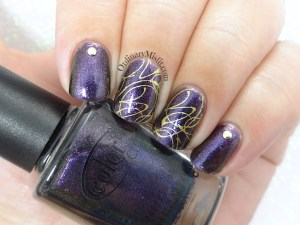 Purple and gold squiggles nail art