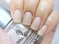 China Glaze - Sand dolla make you holla