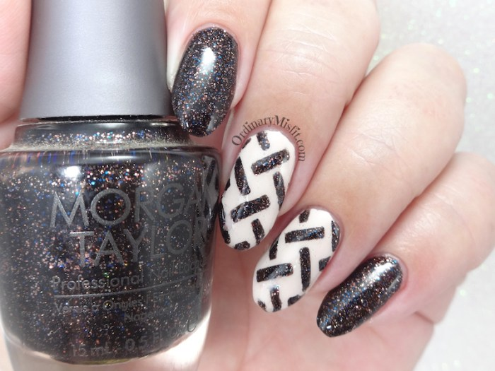 Woven nail art