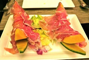 proscuitto ham with melon