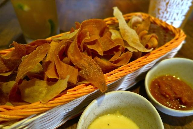 FYR Cycene ond Drinc Restaurant Singapore09
