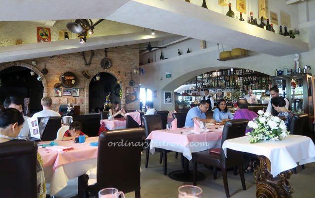 Valentino's Italian Restaurant - 7