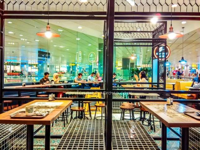 Heavenly Wang Cafe at Changi Airport