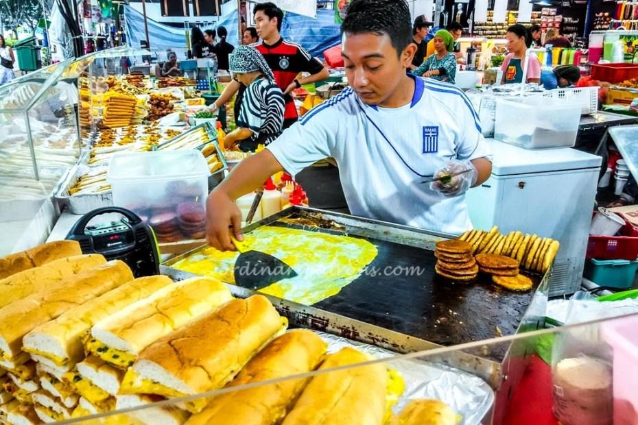 Geylang Serai Hari Raya Bazaar