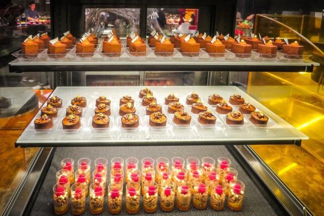 Buffet at Food Capital - Cakes