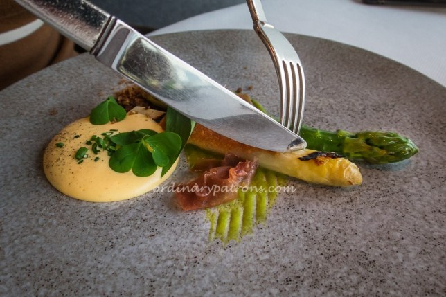 Pertuis Asparagus with Champagne Hollandiaise at JAAN