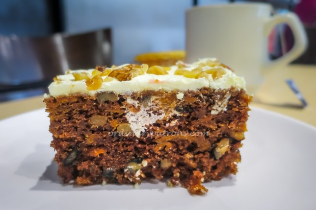 The Royals Cafe Carrot Cake Siam