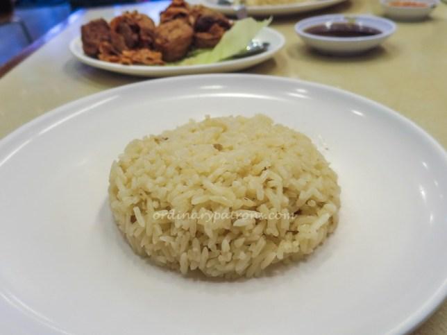 Pow Sing Restaurant Chicken Rice