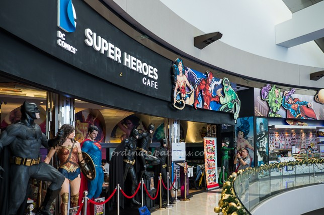 DC Super Heroes Cafe MBS