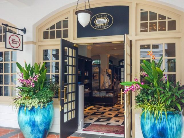 Ah Teng's Cafe in Raffles Hotel