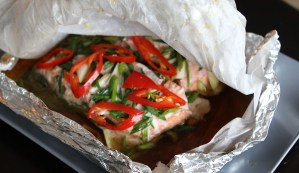 Asian-Style-Salmon-in-Parchment 3