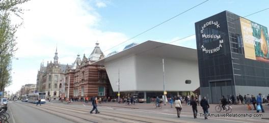 An odd building near Museumplein