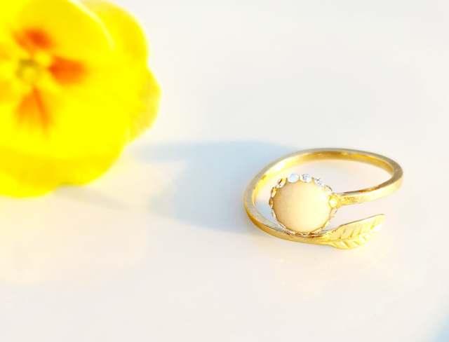 inel cu perla din lapte matern