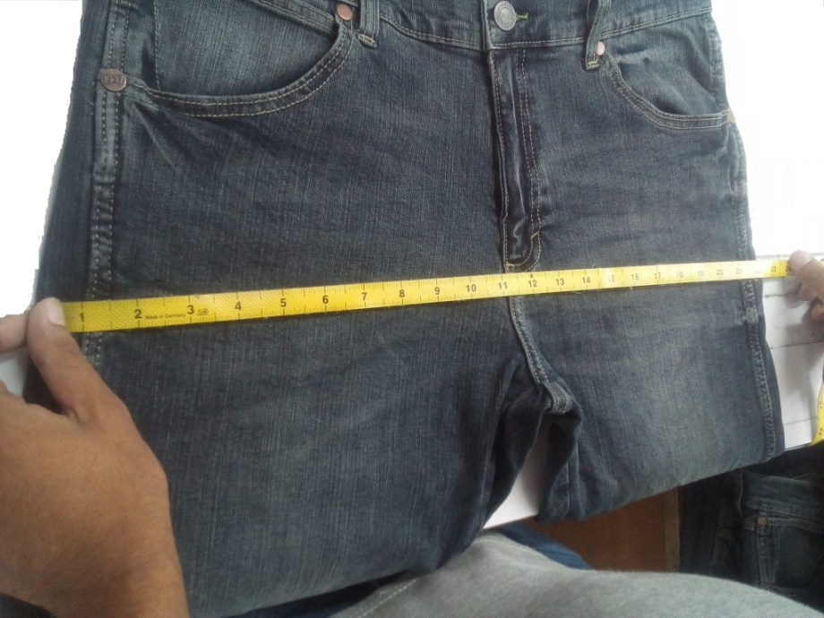 Measurement of Top and Bottom Garments